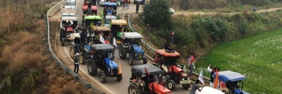 UP Police Issued Notice to 220 Tractor Owners over Illegal Mining, Refuted Claims to Suppress Farmers' Protest